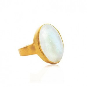 gold-moonstone-ring-3